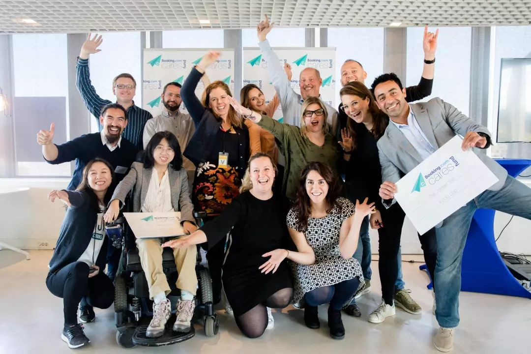 海归女孩坐着轮椅去创业:让每一位残障人士都活得出彩